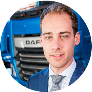 Niek-van-den-Berge-Working-at-DAF-DEF