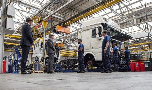 The-Dutch-King-Willem-Alexander-visits-DAF-Trucks-05
